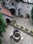 castelul_bran_fantana_norocului1